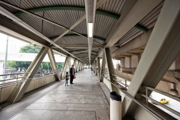 Connecting bridge to Pekeliling Bus Terminal