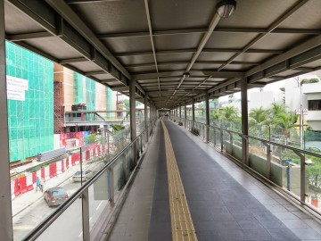 Pedestrian bridge near Putra Bus Terminal