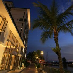 Avillion Admiral Cove Hotel, enjoy stunning views of the ocean