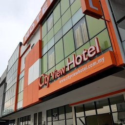 City View Hotel Kota Warisan, great location near airport with lot of shops nearby for convenience