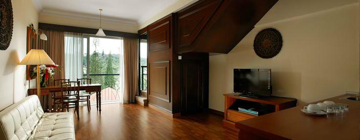 Deluxe suite, Century Pines Resort