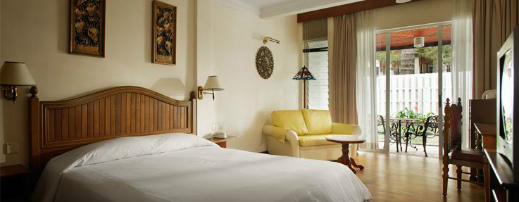Superior room, Century Pines Resort