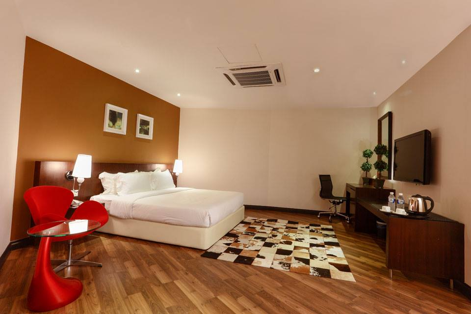D boutique hotel spacious and elegant stay near klia klia2 for Boutique hotel elegant