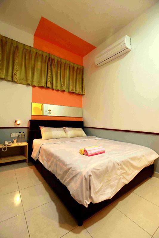 Standard room, Langit-Langi Hotel