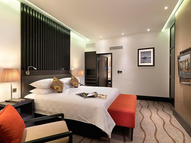 Premier Superior Suite, Sama-Sama Hotel