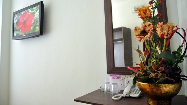 TV, Sepang Budget Hotel