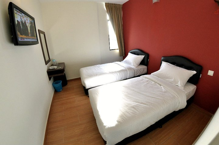 Twin Deluxe, Sepang Budget Hotel