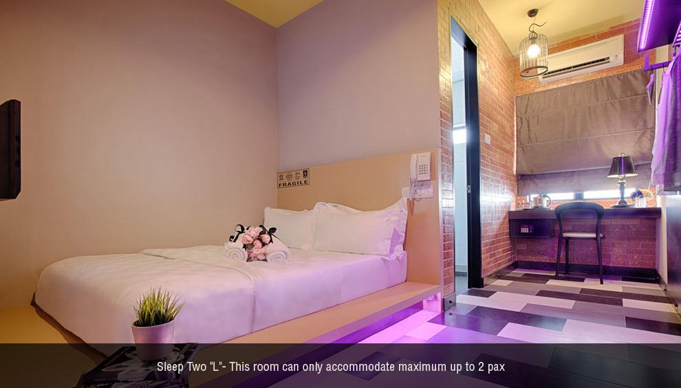 Sleep 2 L room, The YouniQ Hotel