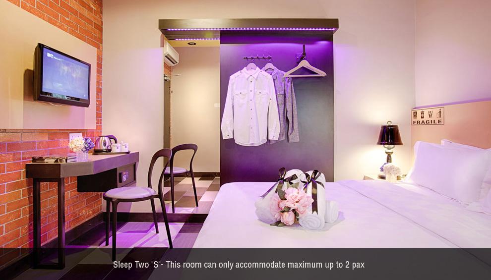 Sleep 2 S room, The YouniQ Hotel