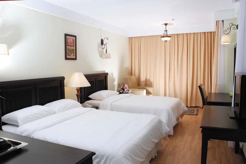 Deluxe Triple, Hotel De' La Ferns