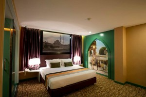 Arabian Nite Theme Room