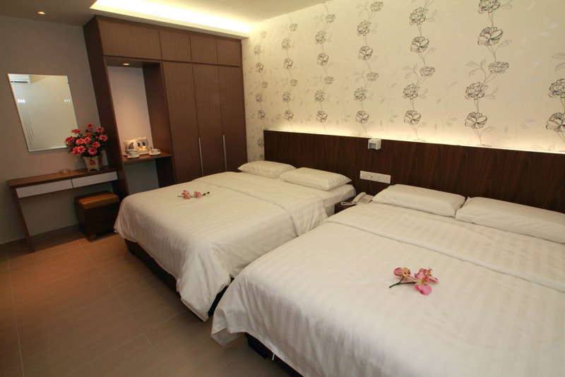 Super Deluxe, Tai Ichi Hotel