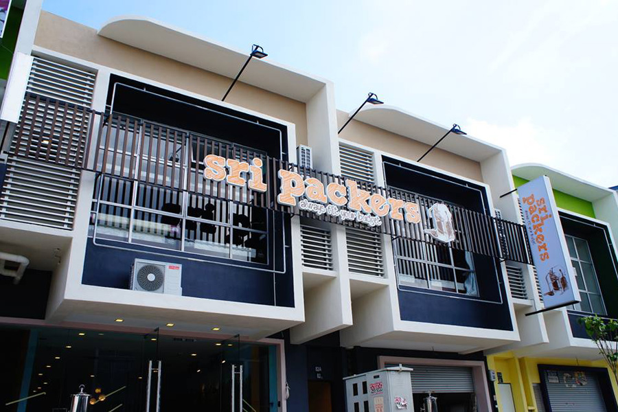 Sri Packers Hotel