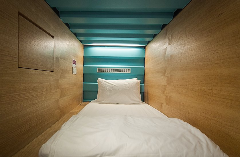 Capsule bedroom, Capsule by Container Hotel