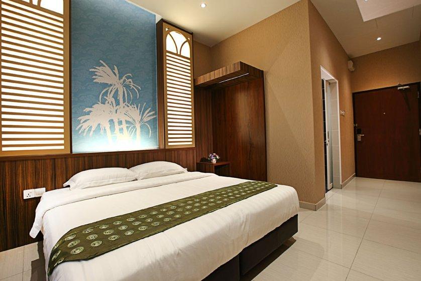 King room, Penang trees