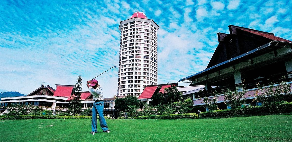 Golfer enjoying a good time at the Awana Genting Highlands Golf and Country Resort