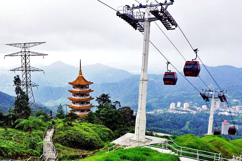 Enjoy the mesmerizing view thousand meters above sea level
