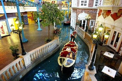 Italy (Venice) theme areas, First World Indoor Theme Park