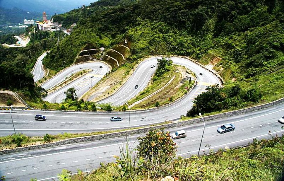 Road to the Genting Highlands resort