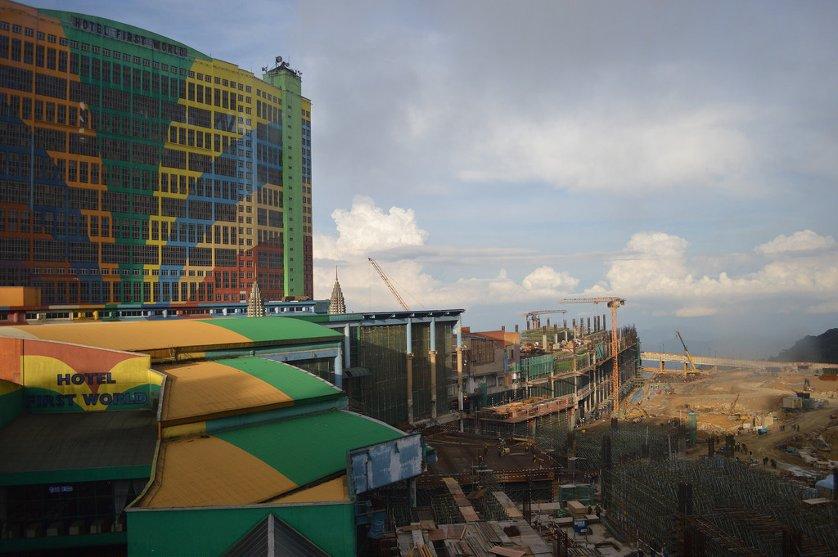 Construction in progress, Oct 2015
