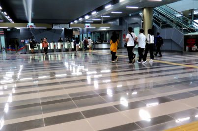 Concourse level of Bandar Tun Hussein Onn station