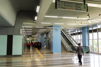 Concourse level of Bandar Utama station