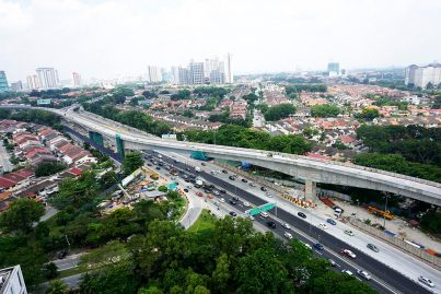 The special span over the LDP between Bandar Utama and Taman Tun Dr Ismail. Aug 2015