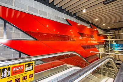 Final interior works to the walls of the Bukit Bintang MRT Station that depicts the 'Dynamic' theme.