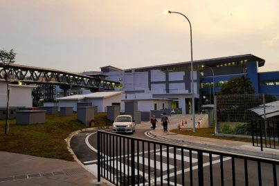 Pedestrian walkway to entrance B of Bukit Dukung station