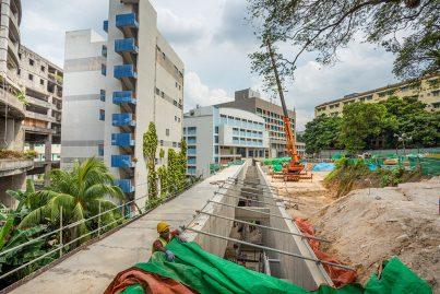 View of the pedestrian linkway between the Merdeka Station and Plaza Rakyat LRT Station.