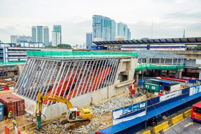 The linkway between the Pasar Seni MRT Station and the Pasar Seni LRT Station being constructed.