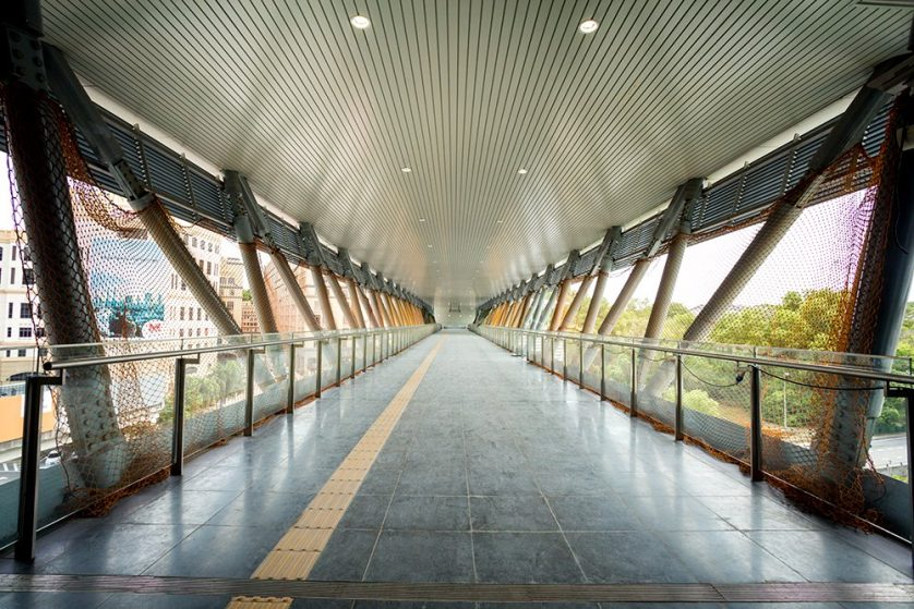 The pedestrian link bridge heading out of the Phileo Damansara Station. Oct 2016