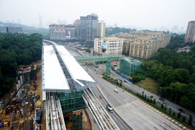 View of the Phileo Damansara Station with the pedestrian bridge structure over the SPRINT Highway installed. Sep 2015