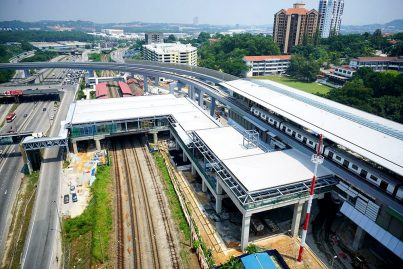 Aerial view of the pedestrian bridge connecting the Sungai Buloh KTM and MRT stations. Apr 2016