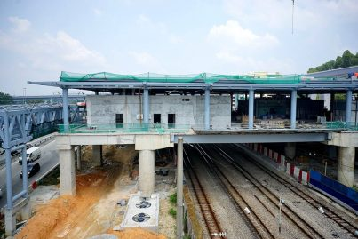 Construction at the concourse level of the Sungai Buloh Station in progress. Mar 2016