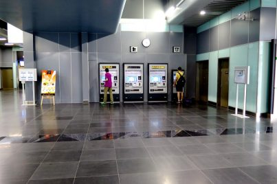 Ticket vending machines at concourse level