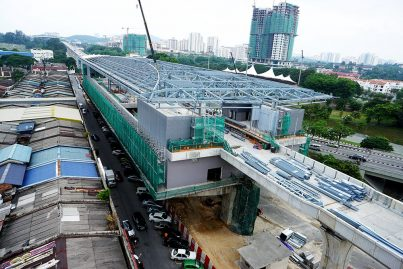 View of the construction of the Taman Pertama station. Jul 2015