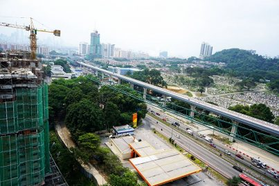 The completed MRT guideway beside the Cheras Christian Cemetery. Jul 2015