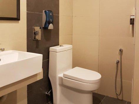 Clean bathroom
