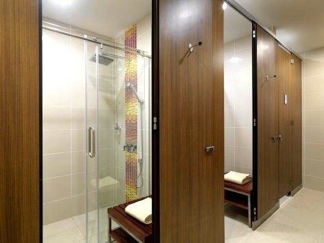 Shower amenities and facilities