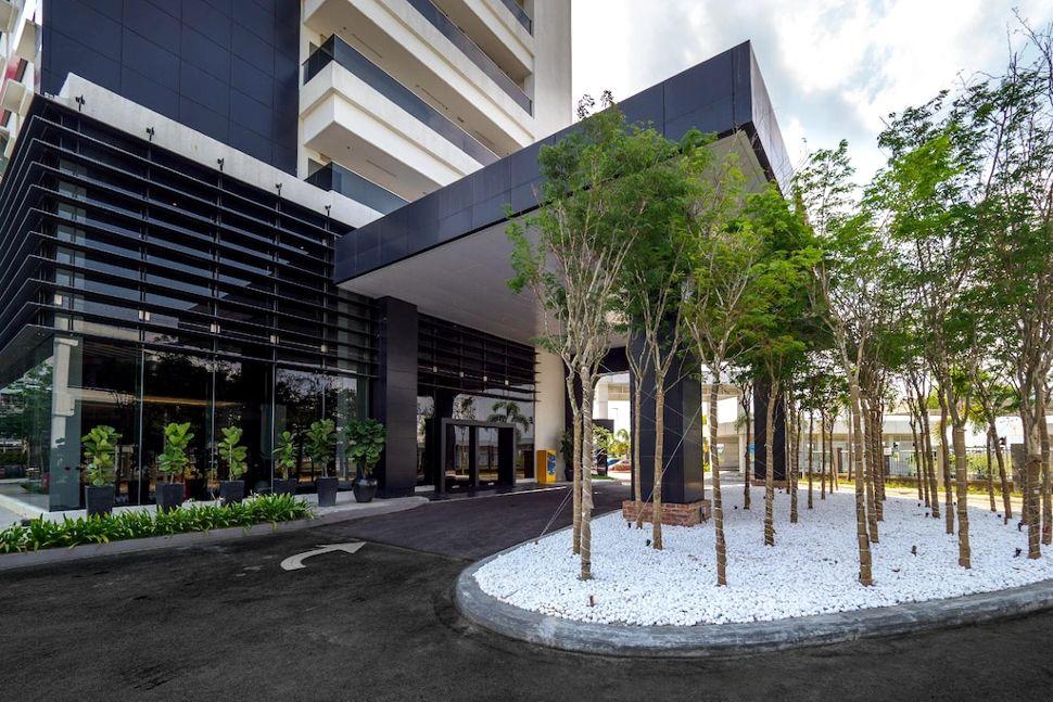 Facade of Tune Hotel klia2