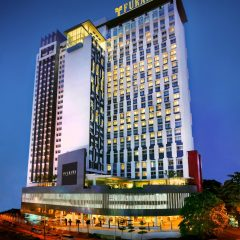 Furama Hotel Bukit Bintang, modern 27-storey building in capital city