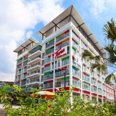 Tune Hotel Kota Damansara, in vicinity of a plethora of shopping centers